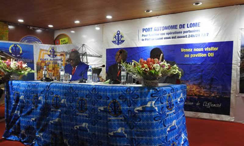 Port à la 14eme foire internationale de Lomé