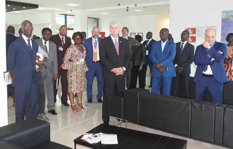 Le Gouverneur de l'État de Mississipi honore le Port de Lomé